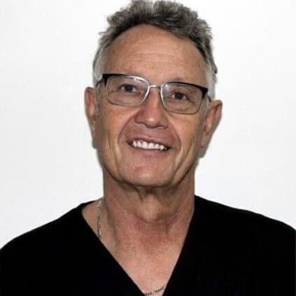 Portrait image of Dr. Milton Herson Principal dentist of King Street Dental Group