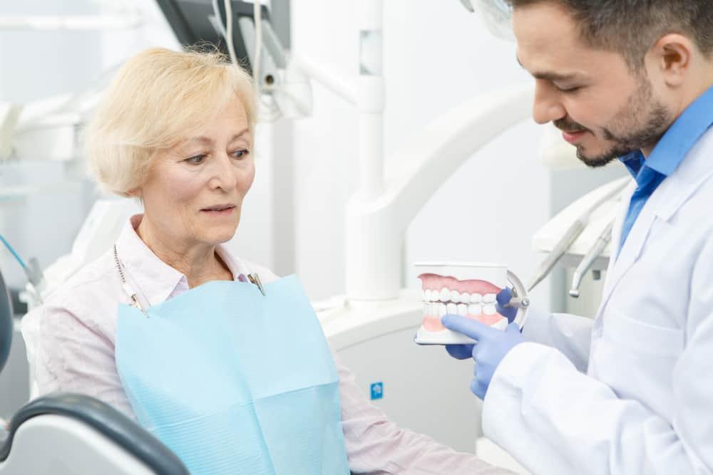 Dentures vs Dental Implants